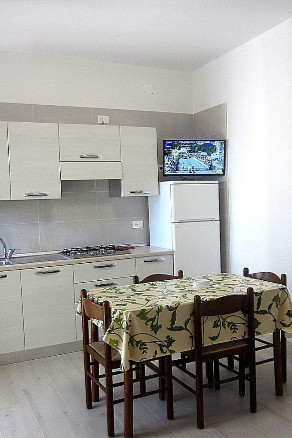 Cucina bilocali piano terra appartamenti 5 e 6